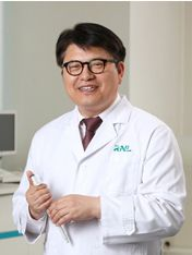 Dr Jeong-Chan Ra, founder and director, RNL Bio